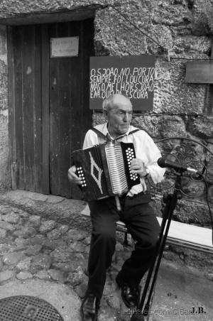 Outros/O homem da concertina
