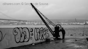 Gentes e Locais/The wait...