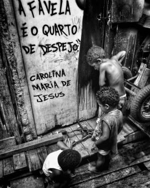 /A favela é o quarto de despejo