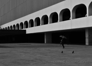 Abstrato/Autoria
