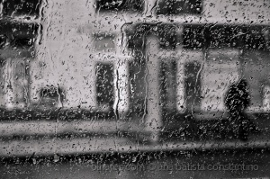 Abstrato/A chuva veio para ficar ...