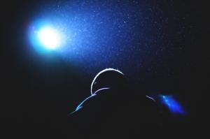 Outros/Into the light