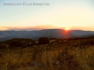 Paisagem Natural/Pôr do sol  na Serra da Coroa