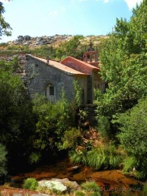 História/Mosteiro de Santa Maria das Júnias