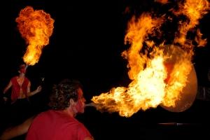 Espetáculos/Ataque com fogo