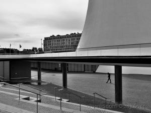 Paisagem Urbana/Alone