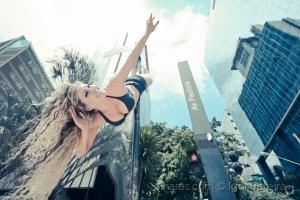 Gentes e Locais/Pole Dance na Avenida Paulista- Brasil