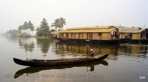 /Houseboats na Bruma