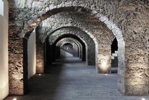 /Entre Arcos II