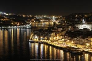 /Noites de trânsito no rio Douro