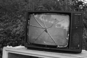 /TV Avariada