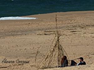 Paisagem Natural/Praia e uma Cabana