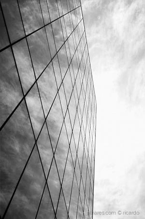 """Paisagem Urbana/"""" Lines & Symmetry II """""""