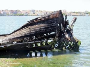 /Carcaça de um navio!