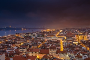 Paisagem Urbana/Lisbon by night