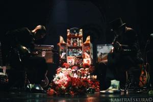 Espetáculos/Dead Combo