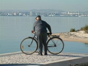 Gentes e Locais/tão longe ..Lisboa