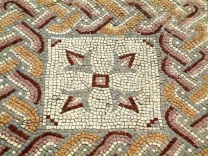 Outros/piso romano
