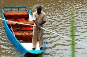 Gentes e Locais/Taxi Boat