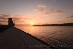 Paisagem Natural/Tejo e Lisboa ao nascer do sol