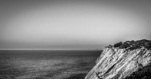 /O outro lado da praia da Adraga