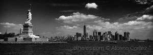 /Statue of Liberty and Manhattan
