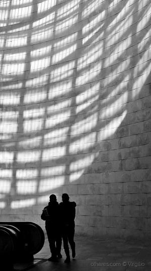 /Linhas de luz e sombras...
