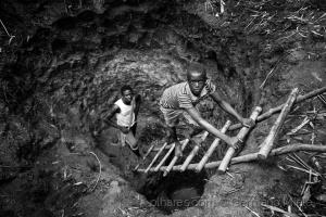 Gentes e Locais/Construção de um poço