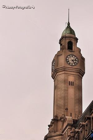 Paisagem Urbana/Reloj/Cúpula