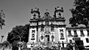 /Igreja junto à Pousada
