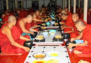 Gentes e Locais/Amarapura, Birmânia
