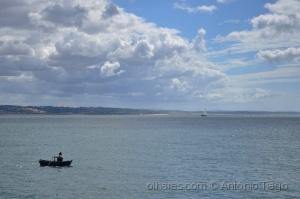 Gentes e Locais/Velho e o mar ou o pescador solitário.