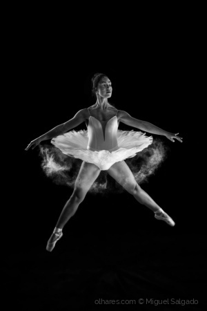 /Ballet B&W