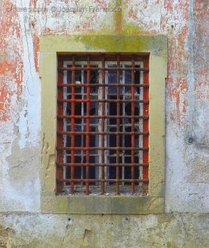 Abstrato/Prisão