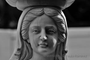 História/Detalhe da cariátide