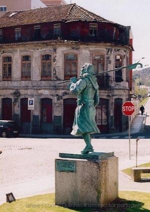 Outros/Maria da Fonte Nova na praça antiga