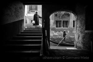 Gentes e Locais/A velha e o gondolier