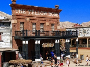 /The Yellow Rose - Saloon