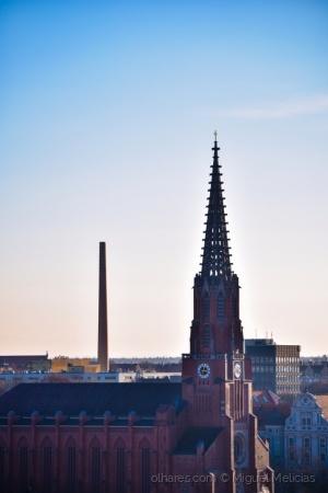 Paisagem Urbana/Uma para trabalhar outra para orar