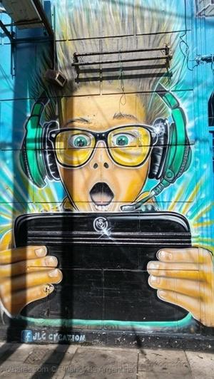 Gentes e Locais/Graffiti - dedicado a Marina Aguiar... leer