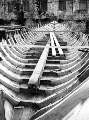 Fotojornalismo/o esqueleto do barco