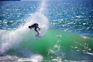 /Surf na Praia da Azarujinha