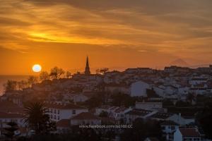 Paisagem Urbana/O último suspiro do sol...