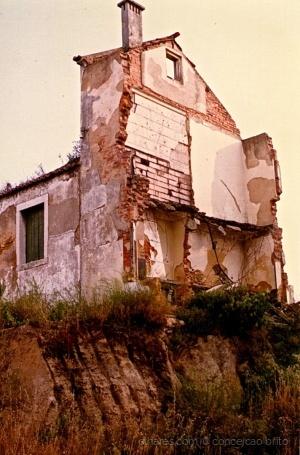 /Modernidade e Desconstrução