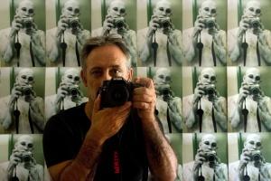 Retratos/Autorretrato (ler descrição sff)