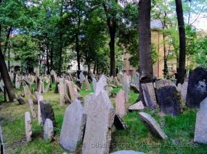 /Antigo Cemitério Judeu de Praga