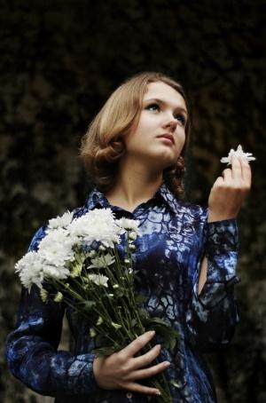 Retratos/Anastassia com flores