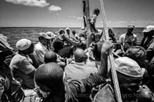 Gentes e Locais/Uma viagem infinita