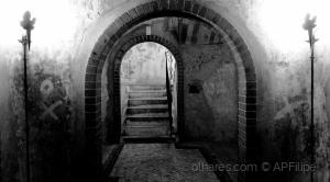 /O tunel da escada