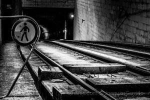 Outros/Atenção, túnel ! Proibida a entrada